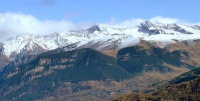 P1090058 - Noviembre en el Valle de Benasque dos ambientes...