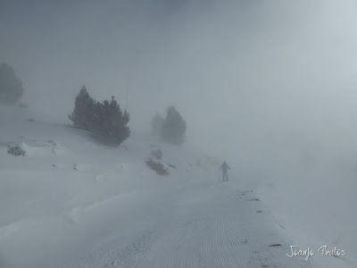 P1090701 - Diciembre empieza blanco en el Valle de Benasque.