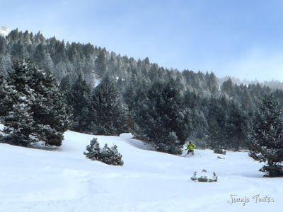 P1090708 - Diciembre empieza blanco en el Valle de Benasque.