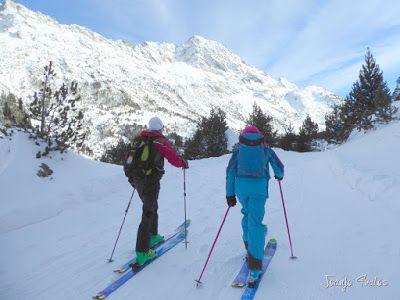 P1090744 - Otro día de skimo por el Valle de Benasque