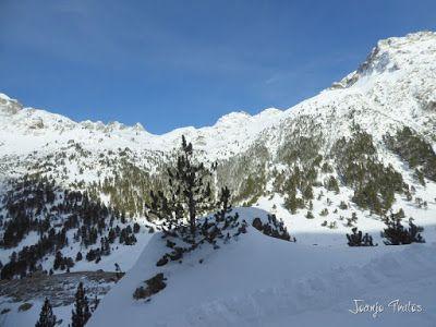 P1090745 - Otro día de skimo por el Valle de Benasque