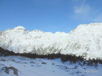 P1090765 - Otro día de skimo por el Valle de Benasque