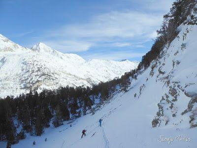 P1090767 - Otro día de skimo por el Valle de Benasque