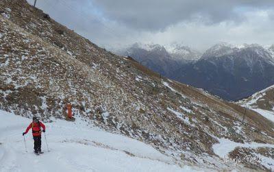 P1090947 - Esperando la ansiada nevada en el Valle de Benasque.