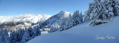 Panorama3 3 - Cuarta esquiada en Cerler, aún con nieve polvo.
