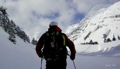 Capturadepantalla2018 02 22ala28s2917.24.05 - Visitando los 3 m de nieve del Refugio de La Renclusa, Valle de Benasque.
