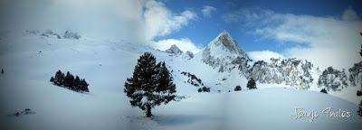 Panorama10 - Visitando los 3 m de nieve del Refugio de La Renclusa, Valle de Benasque.