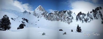 Panorama11 - Visitando los 3 m de nieve del Refugio de La Renclusa, Valle de Benasque.
