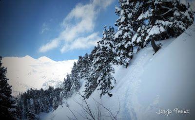 Panorama15 - Visitando los 3 m de nieve del Refugio de La Renclusa, Valle de Benasque.