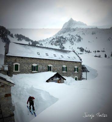 Panorama7 1 - Visitando los 3 m de nieve del Refugio de La Renclusa, Valle de Benasque.