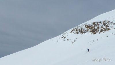 P1110827 - Cerler, Gallinero, Urmella, Arasán, se trata de esquiar ... Valle de Benasque.