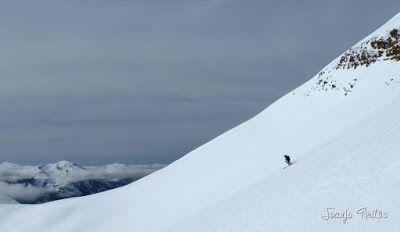 P1110829 - Cerler, Gallinero, Urmella, Arasán, se trata de esquiar ... Valle de Benasque.