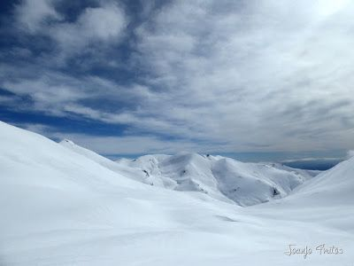 P1110840 - Cerler, Gallinero, Urmella, Arasán, se trata de esquiar ... Valle de Benasque.