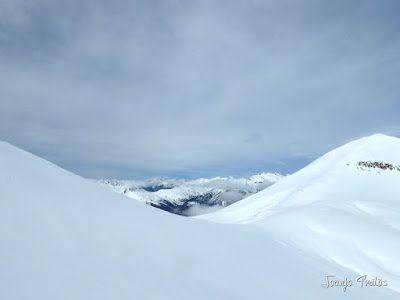 P1110877 - Cerler, Gallinero, Urmella, Arasán, se trata de esquiar ... Valle de Benasque.