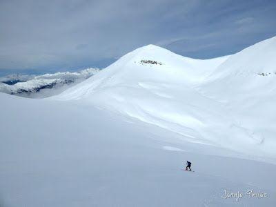 P1110898 - Cerler, Gallinero, Urmella, Arasán, se trata de esquiar ... Valle de Benasque.