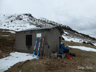 P1110914 - Cerler, Gallinero, Urmella, Arasán, se trata de esquiar ... Valle de Benasque.