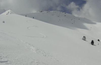 Capturadepantalla2018 04 30ala28s2916.29.52 - Gallinero skimo, se acabó abril con nueva nevada.