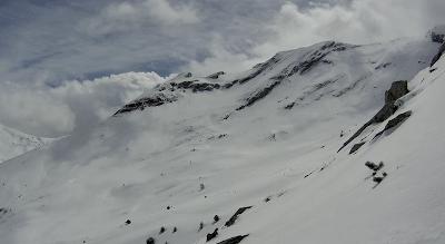 Capturadepantalla2018 04 30ala28s2916.35.40 - Gallinero skimo, se acabó abril con nueva nevada.