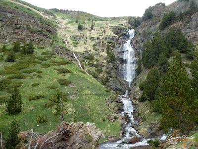 P1140140 - Ruta Las Tres Cascadas de Cerler con mucha agua ...