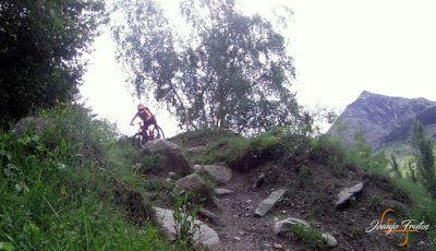 Capturadepantalla2018 06 02alas19.58.36 - Sale el sol, salen las bicicletas, Valle de Benasque.