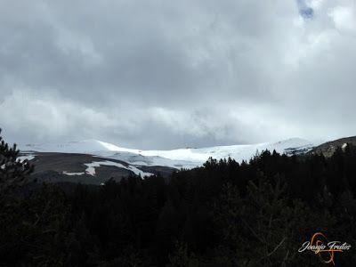 P1140457 - Sol, pedales y nevada de junio