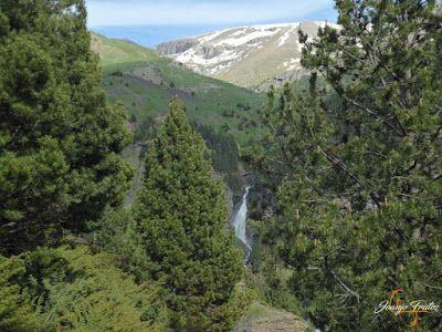 P1140659 - Por encima de Las Tres Cascadas en enduro, Cerler.