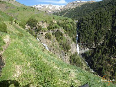 P1140670 - Por encima de Las Tres Cascadas en enduro, Cerler.