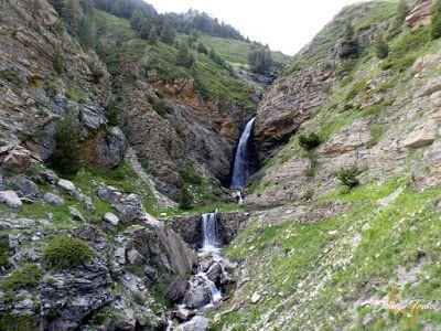 P1140676 - Por encima de Las Tres Cascadas en enduro, Cerler.