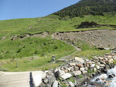 P1150455 - Inspección de la ruta de la Nueva Mina de Cerler. Endurando ...