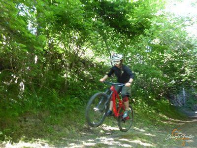 P1150886 - Más bike-postureo en Cerler.