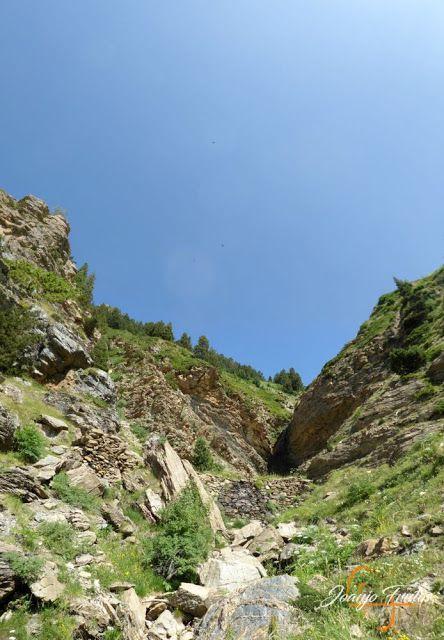Panorama2 001 1 - Senderismo por la Ruta13 de Puro Pirineo en Cerler.