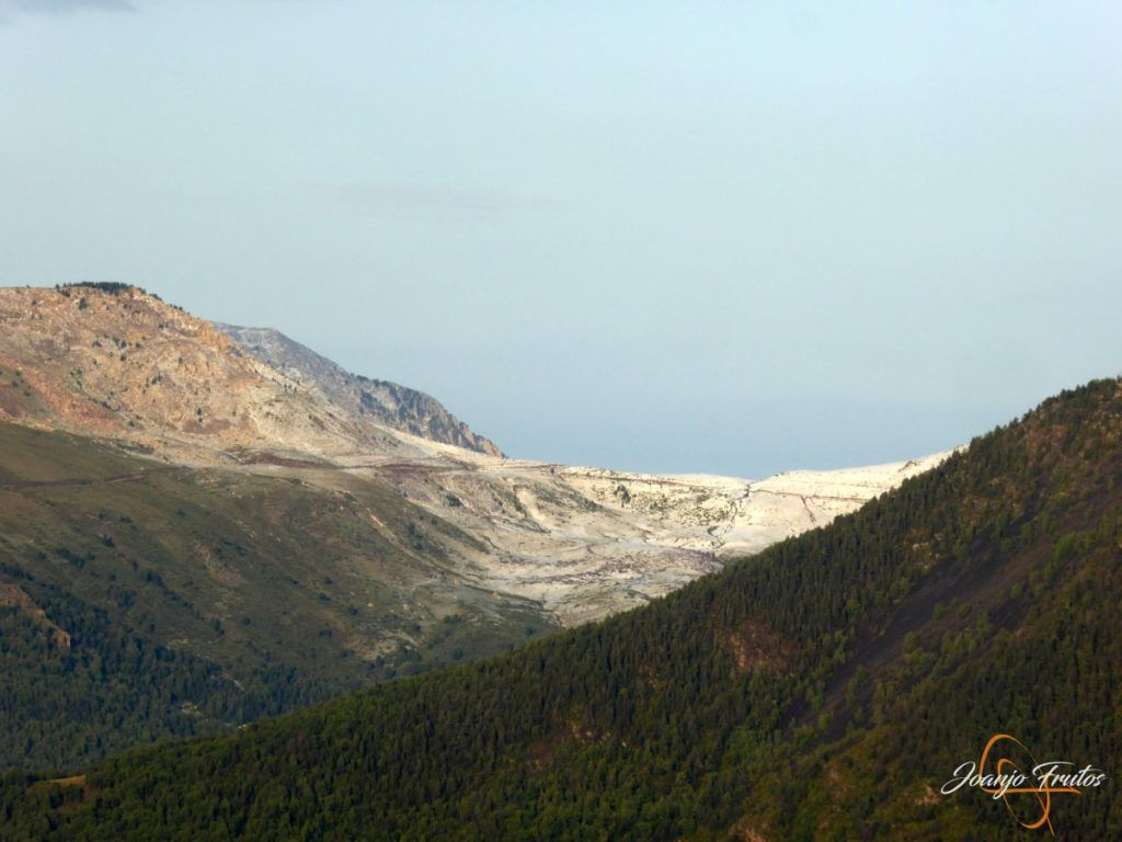 P1180152 1024x768 - Tormentas, rayos y granizo en el Valle de Benasque.