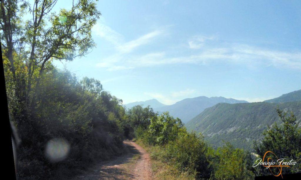 Panorama 2 001 1024x611 - Visitamos Castejón de Sos en pedales.