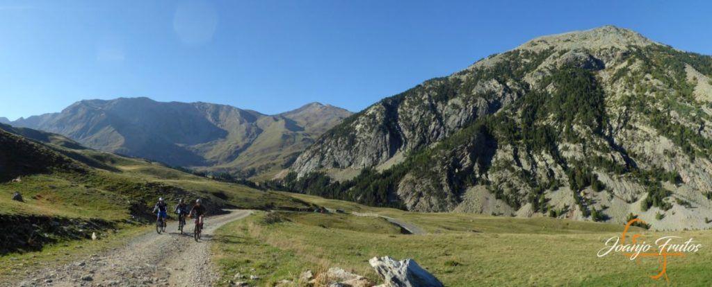 Panorama 2 1 1024x414 - Sierra Negra-Estibafreda el bajadón ... btt.