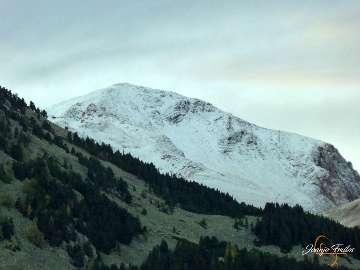 P1190607 - Primera nevada de otoño en Cerler.