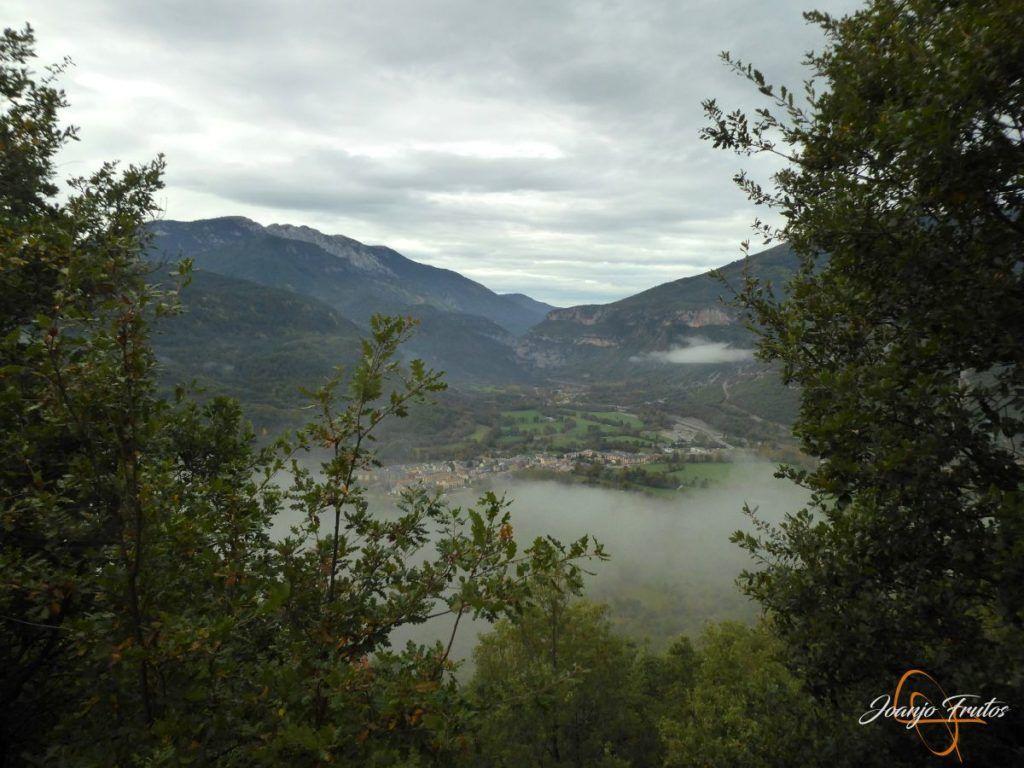 P1190860 1024x768 - Cerca de Castejón de Sos, pedaleando ...