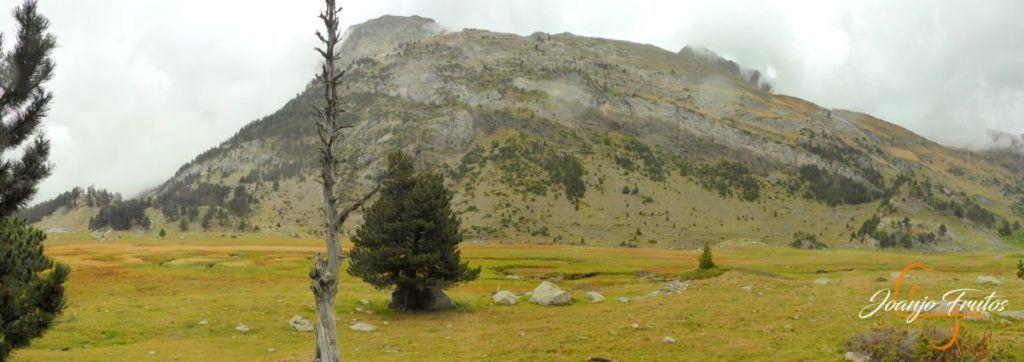 Panorama 1 001 1 1024x362 - Empezamos con colores de otoño, Valle de Benasque.