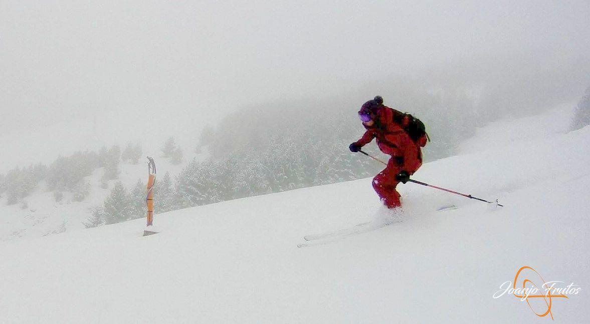 Captura de pantalla 2018 11 18 a las 16.38.56 - Décima esquiada y nueva nevada en Cerler.