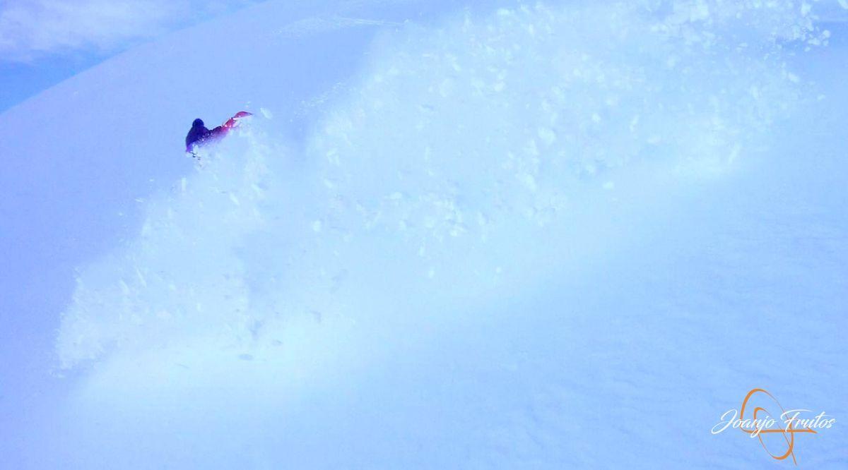 Captura de pantalla 2018 11 24 a las 17.26.21 - Y van 13, vuelve la nieve polvo en Cerler.