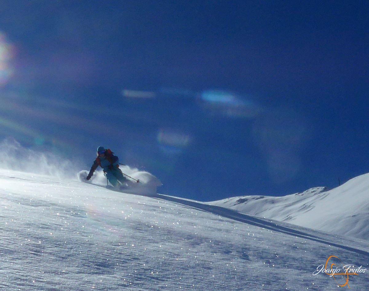"""P1200408 - Noviembre empieza con """"powder"""" en Cerler."""