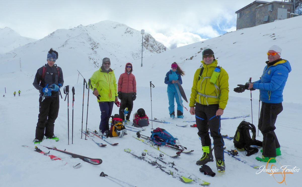P1200491 - Tercer día, en Cerler se esquía nieve polvo.