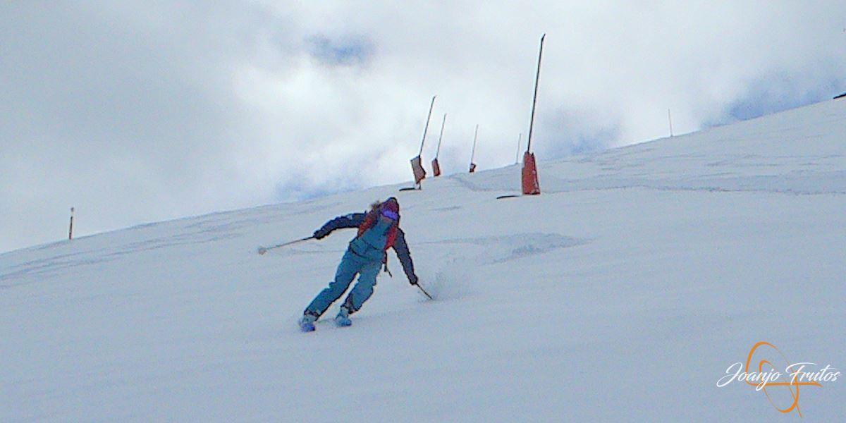 P1200503 - Tercer día, en Cerler se esquía nieve polvo.