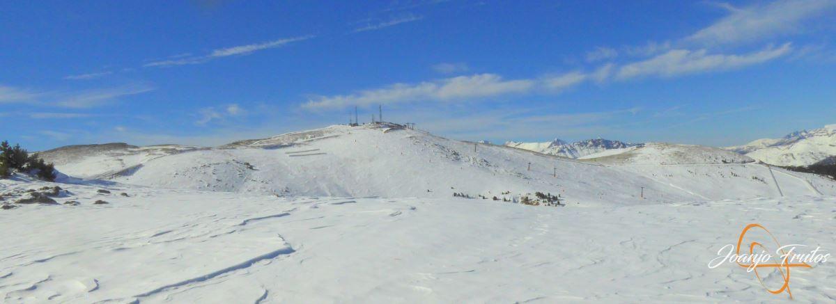 P1200600 - Cuarta esquiada en Cerler, aún con nieve polvo.