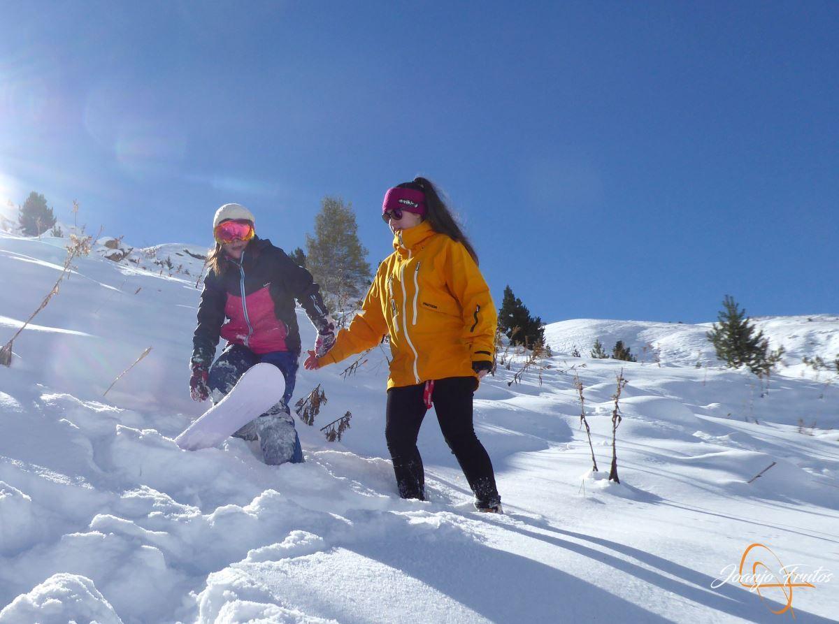 P1200630 - Cuarta esquiada en Cerler, aún con nieve polvo.
