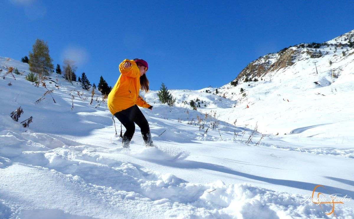 P1200635 - Cuarta esquiada en Cerler, aún con nieve polvo.