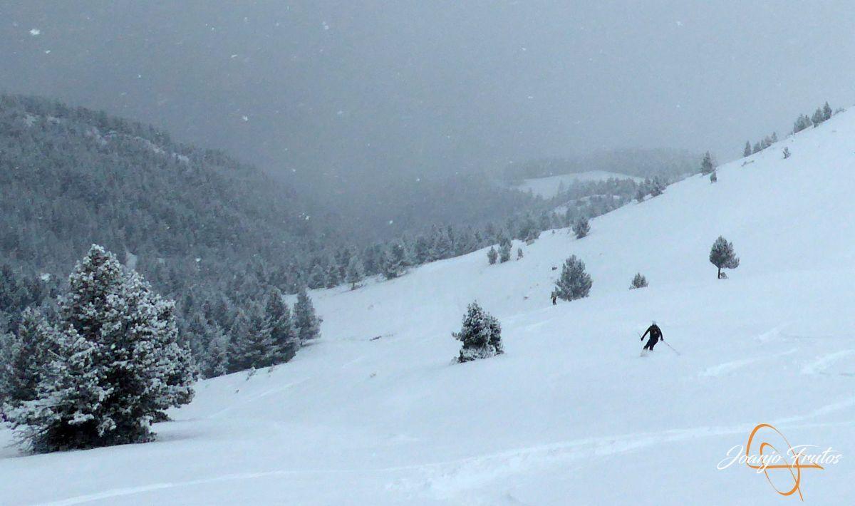 P1210185 - Décima esquiada y nueva nevada en Cerler.