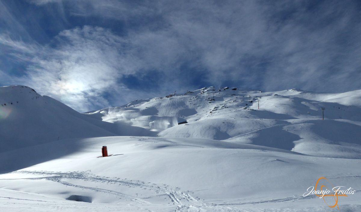 P1210515 - Y van 13, vuelve la nieve polvo en Cerler.