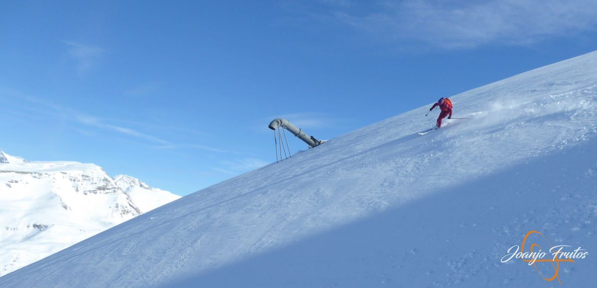 P1210571 - Y van 13, vuelve la nieve polvo en Cerler.