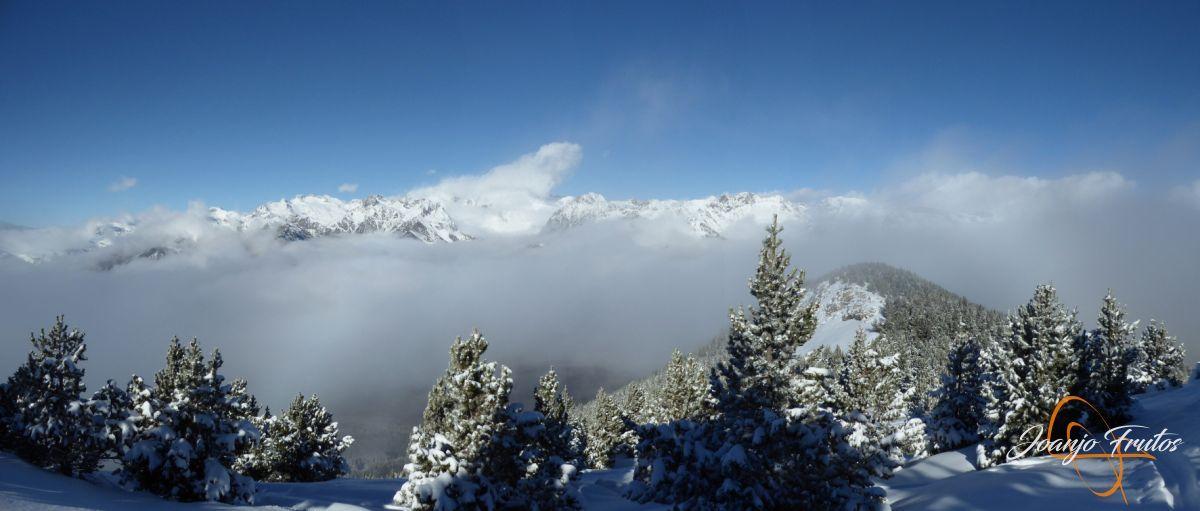 Panorama 2 1 - 14 y powder en Cerler, sin palabras.