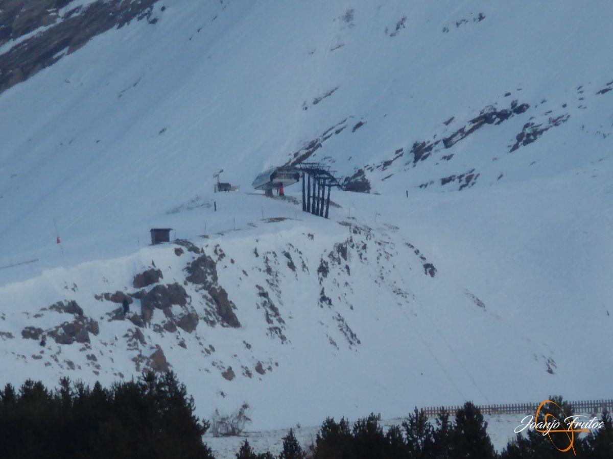 P1210737 - Remontes de Cerler abiertos y buena nieve.